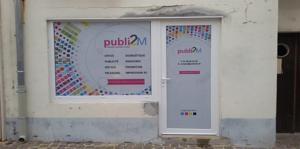 Moyens de Com - enseigne publi2M